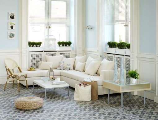 Four Reasons Tile Flooring May Be the Best Option for Your Living Room Floor